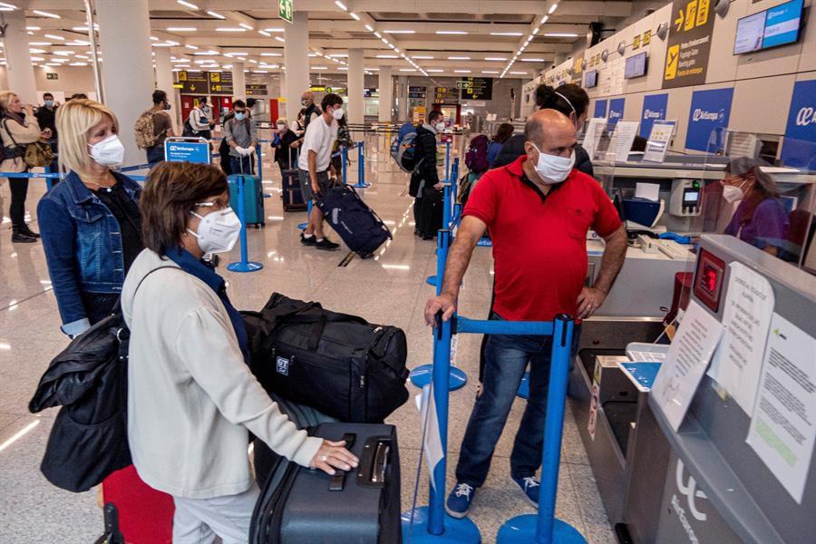 Zona de embarque del Aeropuerto de Palma en el primer día de la Fase 1 de la desescalada.