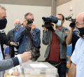 Votación en las elecciones gallegas y vascas del 12J