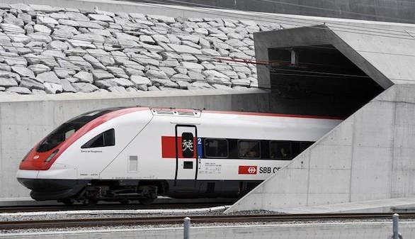 Inaugurado el túnel del San Gotardo, el más largo y profundo del mundo