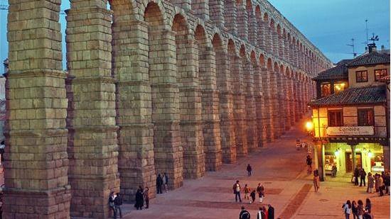 La historia matiza: el Acueducto de Segovia tiene 20 años menos