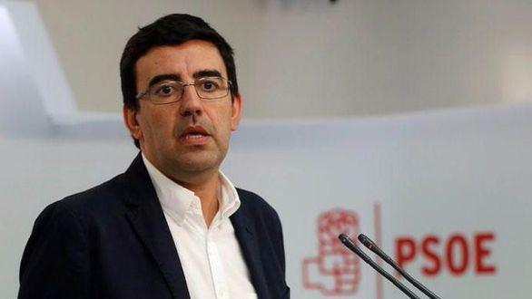 El PSOE aboga por una 'profunda reflexión' antes del congreso