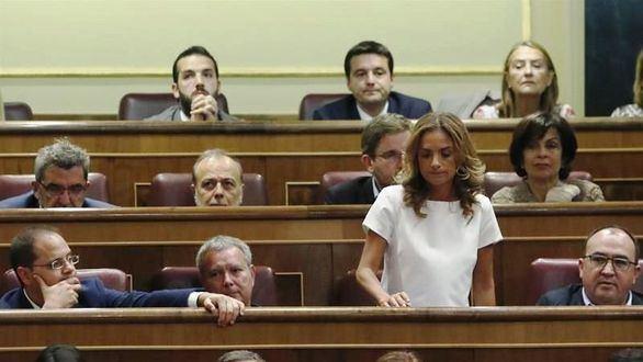 La 'díscola' Susana Sumelzo, relevada de su cargo en el Congreso