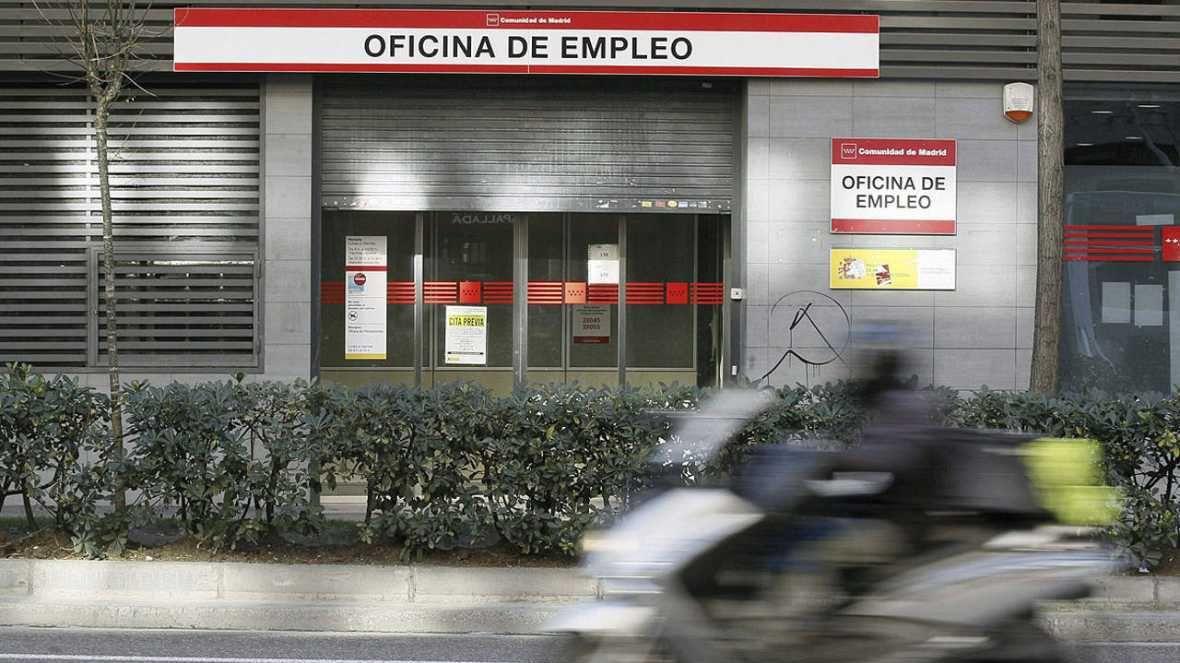 Cae el n mero de parados de muy larga duraci n el imparcial for Oficina de empleo azca madrid