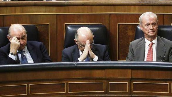 Margallo, Fernández Díaz y Morenés, los que caen