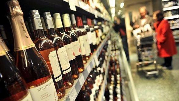 ¿Quién compró el alcohol a la niña fallecida?