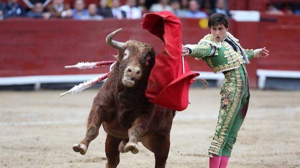 """El Toro en México. Como dijo el presidente: """"No me levanto pensando en joder"""""""