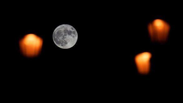 La noche en la que la superluna no fue lo único que brilló en España