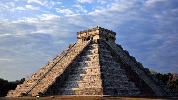 Descubierta una pirámide de los