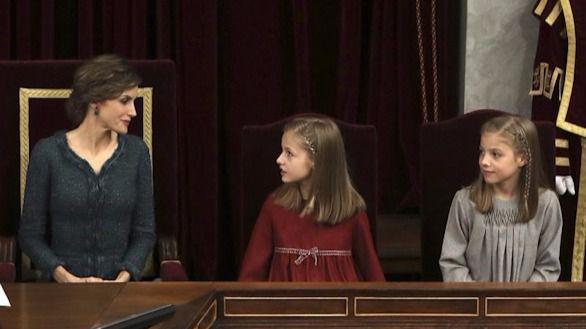 Bescansa amenaza a la Reina por la presencia de la Princesa y la Infanta