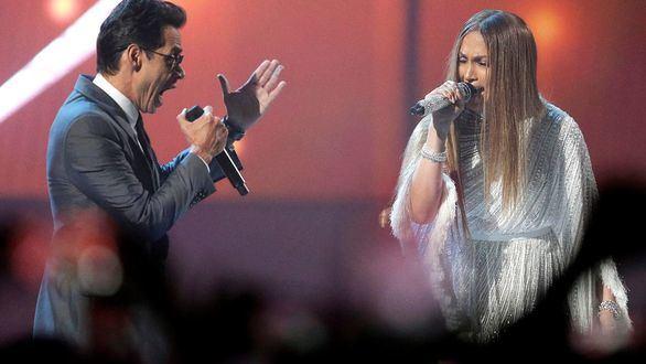 JLo y Marc Anthony a lo Pimpinela y otros momentos de los Grammy Latino