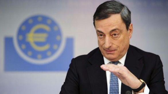 Draghi se mantiene firme frente a los mercados: la recuperación depende del dinero barato