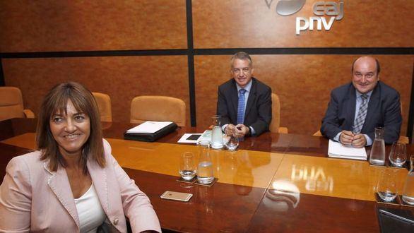 Preocupación en el PSOE por el acuerdo de gobierno con el PNV