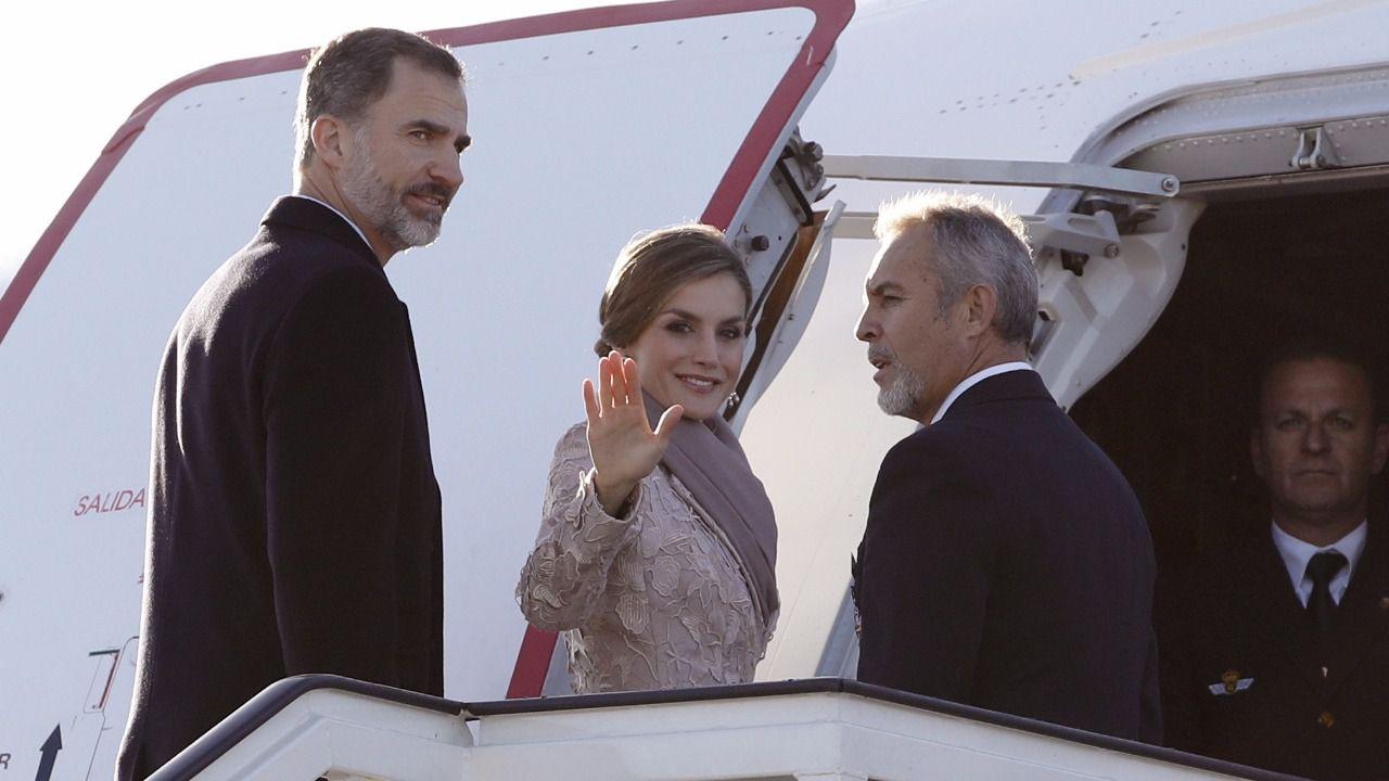 Arranca el primer viaje oficial de los Reyes a Portugal
