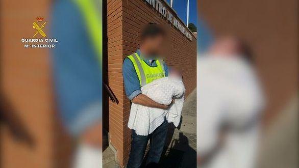 Detenidas tres personas por la 'venta' de un bebé
