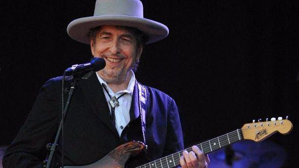 El Nobel de Literatura Bob Dylan también le dice 'no' a Obama