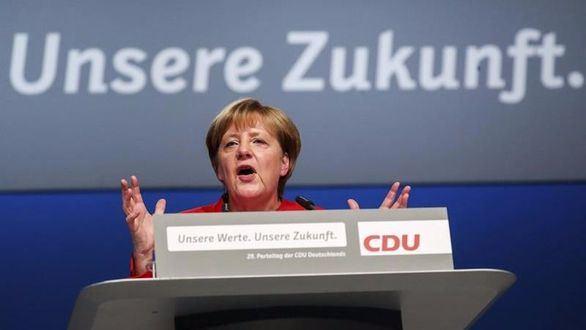 Merkel endurece el discurso frente a la inmigración
