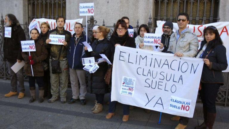 La UE obliga a la banca española a devolver todas las cláusulas suelo