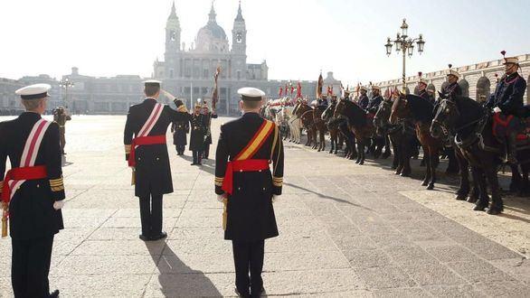 El Rey preside la Pascua Militar y Cospedal se estrena como ministra