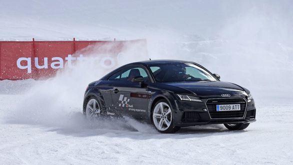 Audi inicia sus cursos de conducción sobre nieve y hielo