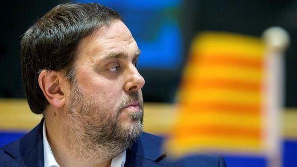 La oposición exige explicaciones a Junqueras en el Parlament