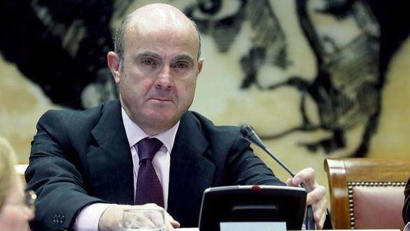 De Guindos propone investigar el papel en la crisis del 'Gobierno ZP'