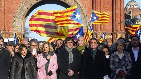 Recoveco de la Generalidad: convocar elecciones junto al referéndum