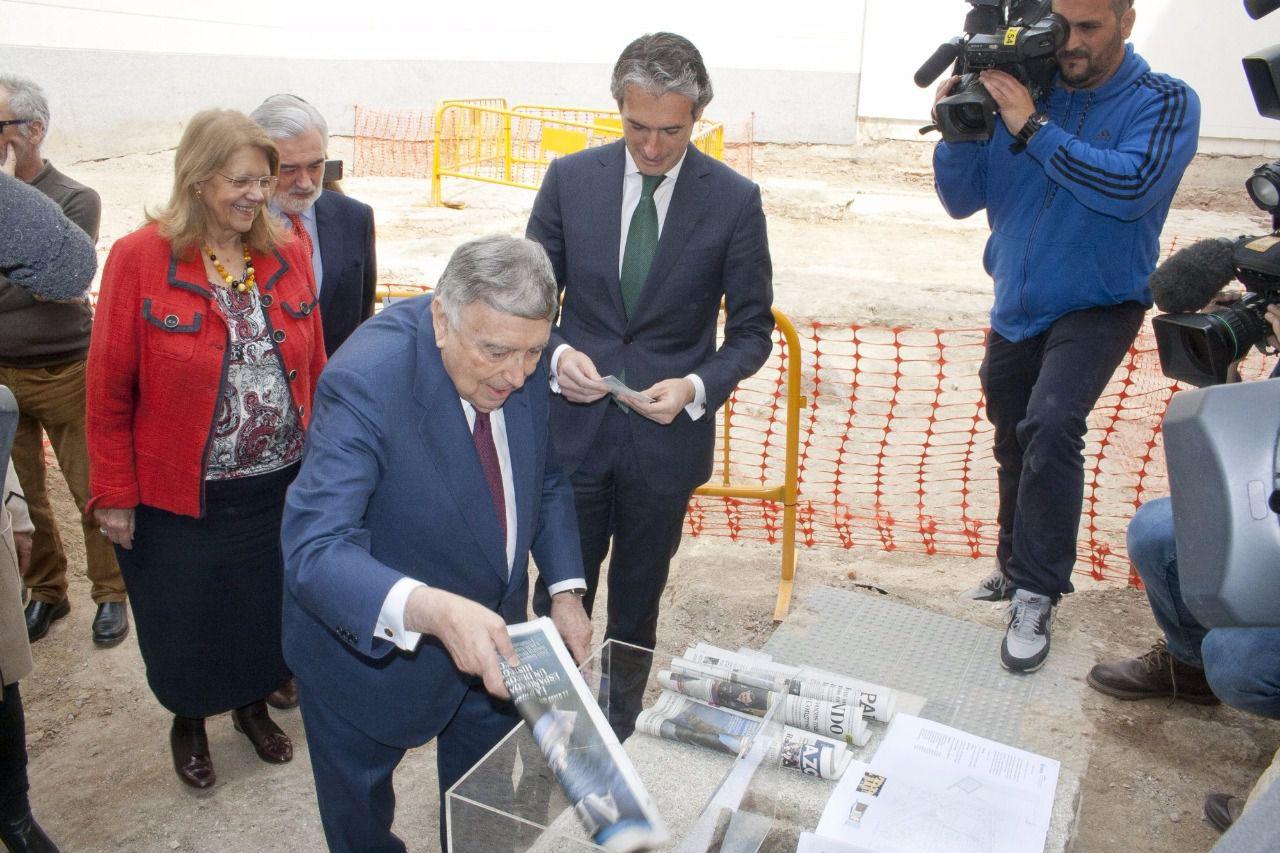 Puesta la primera piedra del futuro Teatro Cervantes en Madrid