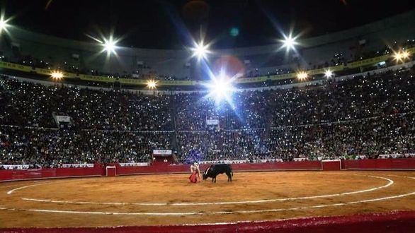 El Toro en México. Flores el mexicano, puso todo y Marcos el español, enmarcó la tarde