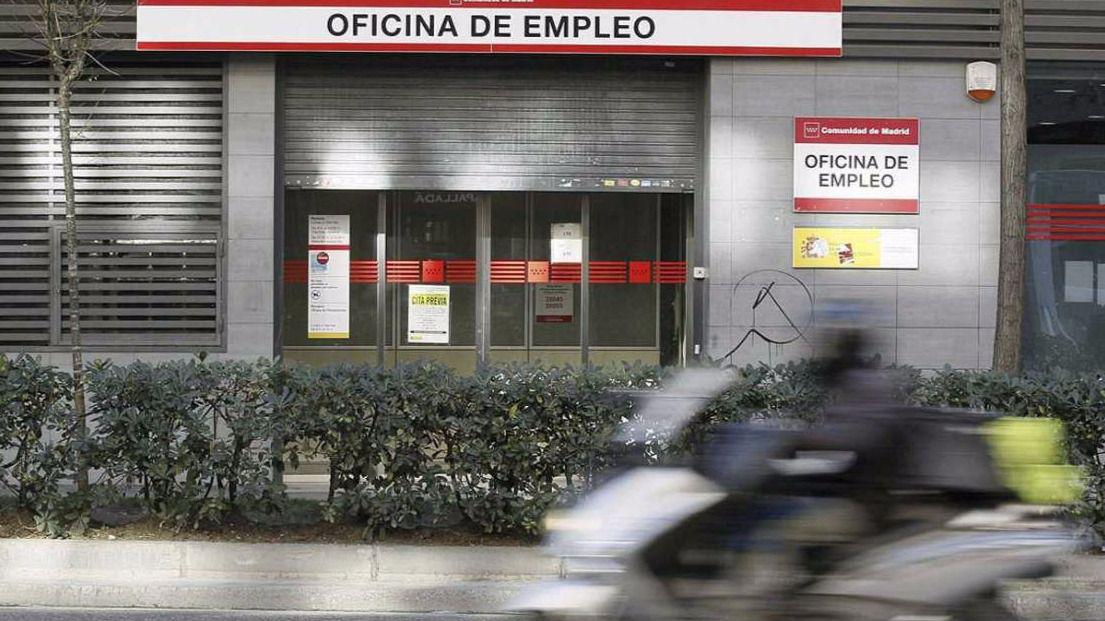 El gobierno firma la mayor oferta p blica de empleo de la historia el imparcial - Oficina hacienda madrid ...