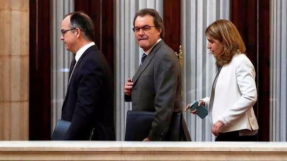 Artur Mas echa balones fuera sobre la financiación de CDC