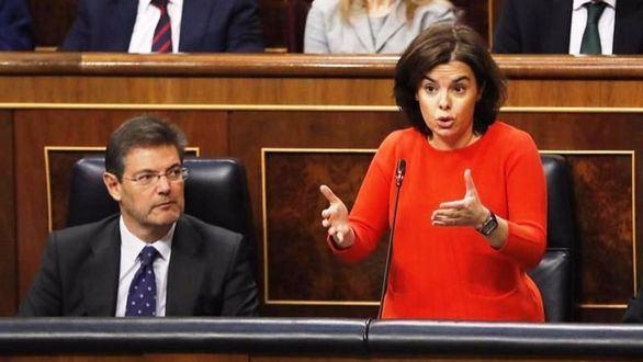 Santamaría afea a Podemos