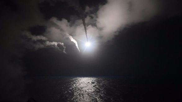 España justifica el bombardeo de Estados Unidos
