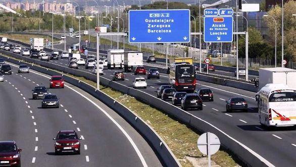 Madrid probará carriles exprés contra los atascos