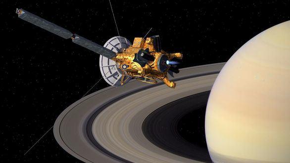 La nave espacial Cassini se despide con una inmersión entre Saturno y sus anillos