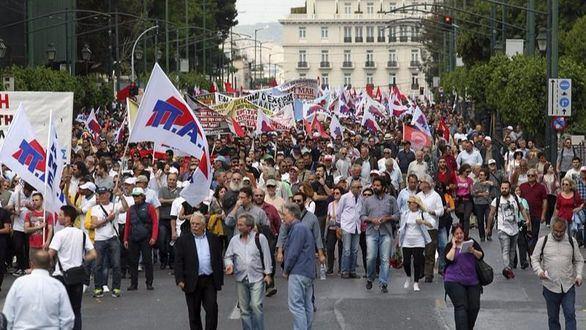 Grecia llega a un acuerdo con sus acreedores para negociar la deuda