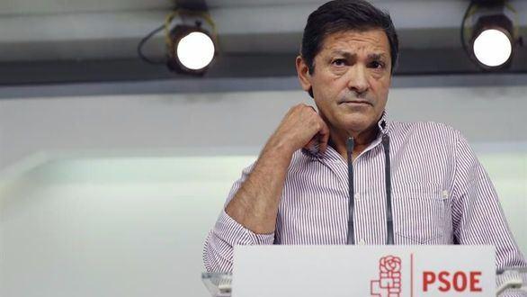 Dura respuesta de Fernández a la moción de censura de Iglesias