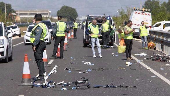 Dos ciclistas muertos al ser arrollados por un vehículo en Oliva