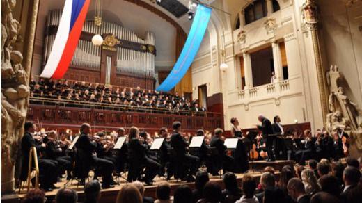 Barenboim y la Filarmónica de Viena inauguran el Festival Primavera de Praga