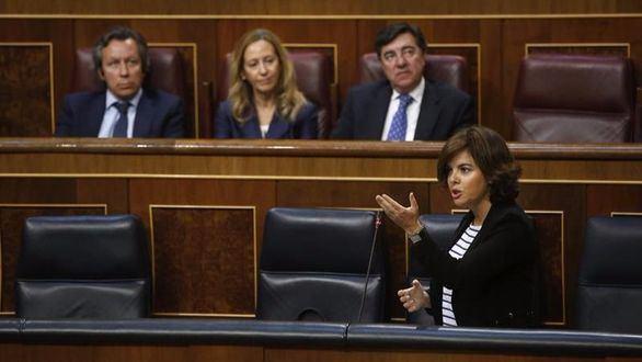 Santamaría, a Podemos: a sus bases la moción