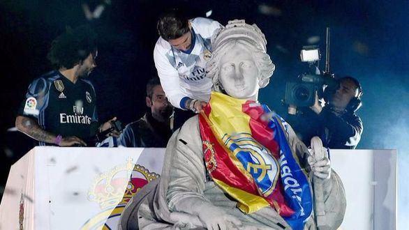 Ramos y Marcelo desatan la pasión en Cibeles