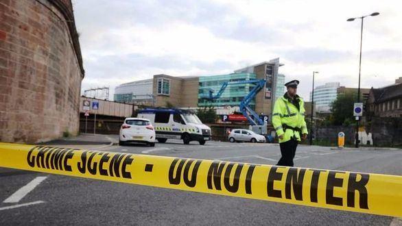 La campaña electoral para el 8-J, suspendida por el atentado de Manchester