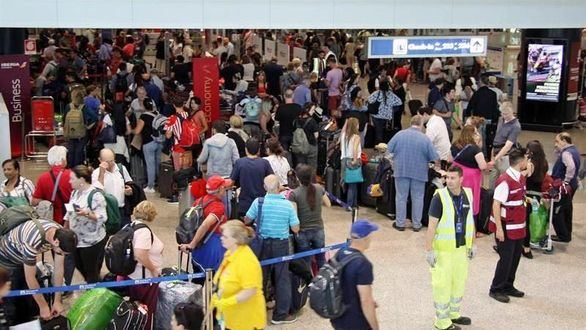 Miles de afectados en todo el mundo por la caída de British Airways