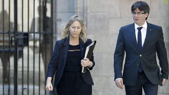 Puigdemont convoca una reunión con los partidos 'favorables al referéndum'