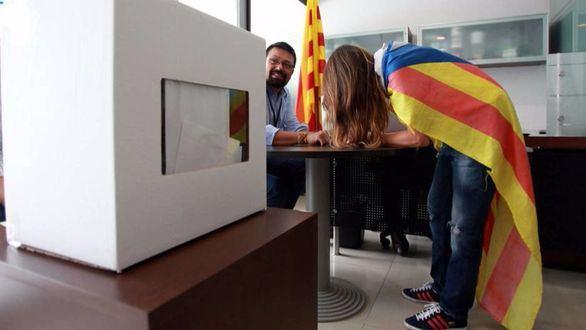 Rajoy y Sánchez hablan de Cataluña: