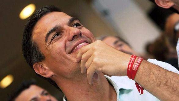PSOE con Sánchez: la prensa publica sendas encuestas a medida