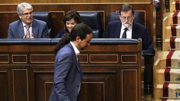 El duelo entre Rajoy e Iglesias protagoniza la moción de censura