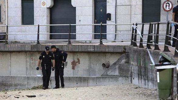 Mata a un joven de un disparo en una playa de Pontevedra
