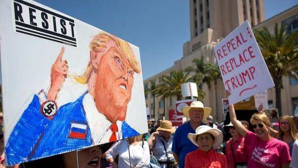 Los tuits del día. Trump cruza la línea roja tras el combate contra la CNN