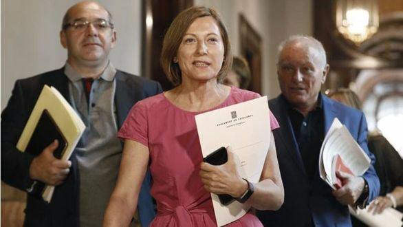 Forcadell sería acusada de desacato si firma la Ley del referéndum