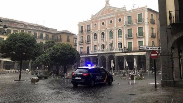 La gota fría descarga con fuerza sobre España y pone en alerta a 15 provincias